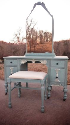 blue painted vanity #paintedfurniture