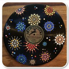 Something new ✨ Upcycling bad vinyls into a wall art 😊 so if anyone want to get rid of some lp's I will gladly take it 😋 . Vinyl Record Crafts, Art Vinyl, Vinyl Records, Record Wall Art, Cd Art, Dot Painting, Mandala Art, Aesthetic Art, Canvas Art
