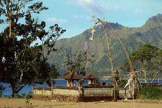 Temples & Shrines - http://bali-traveller.com/temples-shrines/