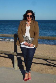 PLUS SIZE BLAZER http://vistetequevienencurvas.http://pinterest.com/visteteqvcurvas/looks-vistete-que-vienen-curvas/#blogspot.com.es/2013/03/vestirse-por-los-pies.html