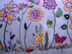 Almofada bordada | Flickr – Compartilhamento de fotos!