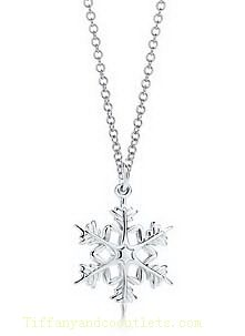 Snowflake necklace ❄️