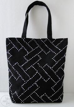Белым по черному (DIY) / Сумки, клатчи, чемоданы / Модный сайт о стильной переделке одежды и интерьера