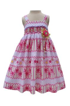 Our new 'Pink daisy spring/summer sundress' is perfect for your daughter's spring/summer collection! Sleeveless, this dress highlights all the beautiful spring/summer colors we all love! With a floral