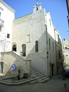 A medieval synagogue; the Scolanova synagogue, Trani, Italy