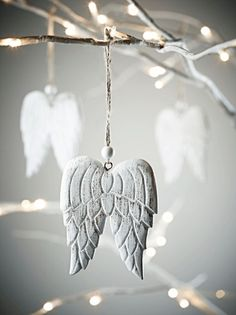Five Hanging Carved Angel Wings Clay Christmas Decorations, Christmas Colors, Winter Christmas, Christmas Time, Christmas Crafts, Christmas Ornaments, Polymer Clay Crafts, Diy Clay, Angel Wings Decor