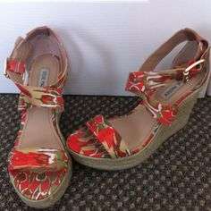Steve Madden summer wedges They are gorgeous but unfortunately a little too big for me. I've gotten away wearing them once or twice but I'm just not getting the use out of them I hoped for. About a 5 inch wedge and 1 inch platform Steve Madden Shoes