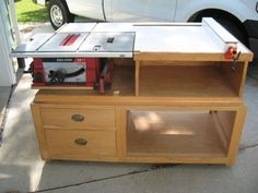 Saw Station: Nice simple design. Maybe have work table double as outfeed?Table Saw Station: Nice simple design. Maybe have work table double as outfeed? Table Saw Fence, Table Saw Jigs, Table Saw Stand, Diy Table Saw, A Table, Woodworking Shop Layout, Woodworking Plans, Woodworking Projects, Learn Woodworking