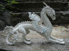 sculpture by kim Rhodes influenced by elements of traditional thai design