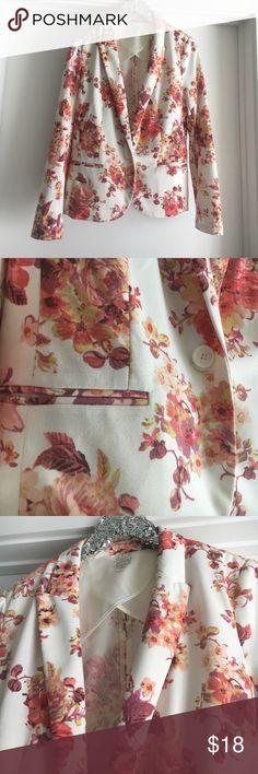 Beautiful LC Floral Blazer Minor pilling but overall great condition. LC Lauren Conrad Jackets & Coats Blazers