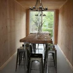 OFF-GRID SHIPPING CONTAINER COTTAGE