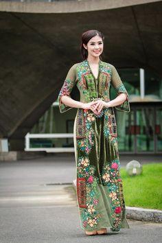 Ngọc Hân diện áo dài hồn Việt ở Paris - Báo Gia Lai điện tử - Tin nhanh - Chính xác