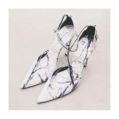 Balenciaga marble heels : Minimal + Classic