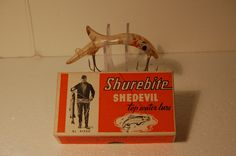 1940s Shurebite Shedevil lure in box.