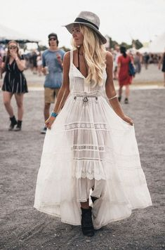 Waist chains are perfect for festival outfits!