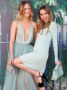 Star Tracks: Friday, July 3, 2015 | GLAM & GOOFY | Suki Waterhouse and her sister, Immy, show off their coordinating mint dresses – and similar senses of humor – at The Serpentine Gallery summer party in London on Thursday.