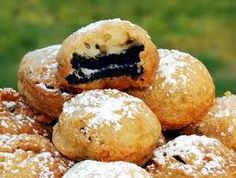 Deep fried Oreos   What you need  1 1/4 cups of all purpose flour 2 teaspoons of baking powder  1/8 teaspoon of salt  1 large egg (lightly beaten) 3/4 cup of milk Vegetable oil (for frying) 20-25 Oreos  Confectioners sugar for garnish   What you do Combine all dry ingredients in large bowl  In small bowl combine your egg and milk and whisk together mix your wet and dry ingredients together until well blended fill your your sauce pan 1/3 of the way with oil. Heat oil to 360 let fry for 2…