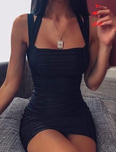 Easy Fashion Tips Women's Dresses - Tiger Mist.Easy Fashion Tips Women's Dresses - Tiger Mist Black Dress Outfits, Sexy Outfits, Trendy Outfits, Cool Outfits, Summer Outfits, Dress Black, Black Bodycon Dress Outfit, Cute Homecoming Dresses, Hoco Dresses