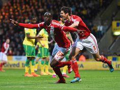 Aston Villa secure signing of Middlesbrough winger Albert Adomah