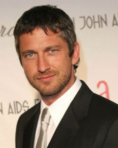 Gerard Butler - Scottish kilt wearing warrior... Ummm did you hear me say Scottish...  Daaaamn.  Thank you for this one!