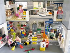 Toy shopping by Jemppu M, via Flickr