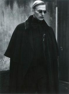 "faalke: ""Gerhard Freidl by Adriano Russo for VIKTOR Magazine "" Character Inspiration, Style Inspiration, Photographie Portrait Inspiration, Japanese Street Fashion, Pretty Men, Gothic Lolita, Alternative Fashion, Editorial Fashion, Beautiful People"