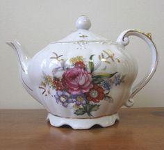 Vintage 1950's Floral Musical Teapot