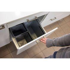 Jätelajittelujärjestelmät sekä pieniin, että suuriin keittiöihin ja tiloihin. Lue lisää www.helakeskus.fi #jätteidenlajittelu #lajittelu #keittiö #toimisto #koti #yritysmyynti #tukkumyynti #helakeskus