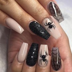 Sexy and Spooktacular Ideas for Halloween Nail Art To Scare Your Friends ★ See more: http://glaminati.com/halloween-nail-art/