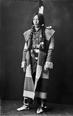 Bear Blood, Flathead tribe. 1903. Native American Clothing, Native American Beauty, Native American Tribes, Native American History, American Indians, Native Americans, Indian Pictures, Indian People, Native Indian