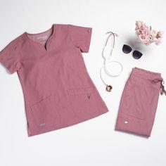 Grey's Anatomy Signature 2 Pocket Notch Neck Top – Scrubs – emedical Scrubs Outfit, Scrubs Uniform, Medical Scrubs, Veterinary Scrubs, Nursing Scrubs, Dental Uniforms, Stylish Scrubs, Cute Scrubs, Greys Anatomy Scrubs