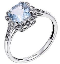 vintage style aquamarine & diamond ring - I'm in love.