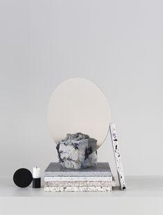 Stylist: Silje Aune Eriksen Photographer: Anne Bråtveit Stylists, Mirror, Table, Furniture, Home Decor, Decoration Home, Room Decor, Mirrors, Home Furniture