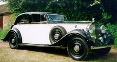1936 Saloon with division by Thrupp & Maberly (chassis 3AZ26) Rootes trial car