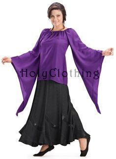 Shop Kate Chemise Top: http://holyclothing.com/kate-renaissance-flared-sleeve-medieval-peasant-top-chemise.html?utm_source=Pin #holyclothing #kate #flared #medieval #peasant #chemise #top #bohemian #gypsy #boho #renaissance #romantic #love #fashion #musthave