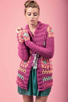 The Effective Pictures We Offer You About knitting patterns A quality picture can tell you many things. Gilet Crochet, Crochet Jumper, Crochet Coat, Crochet Jacket, Crochet Granny, Crochet Clothes, Knitwear Fashion, Knit Fashion, Knitting Designs
