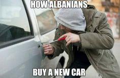 Da un paio di settimane sono usciti diversi meme riguardante gli italiani e il loro modo di gesticolare. Vediamo come hanno risposto ai meme stranieri: GUA