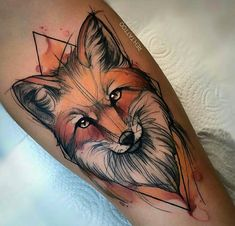 Stunning Watercolor Tattoos Designs & Ideas- Looking for watercolor tattoos? So, take a look at our article. Here are stunning watercolor tattoo designs and ideas. The combination of watercolor and tattoo is really a genius idea. Aquarell Tattoo Fuchs, Fuchs Tattoo, Aquarell Tattoos, Unique Tattoos, Beautiful Tattoos, Watercolor Fox Tattoos, Flower Watercolor, Abstract Watercolor, Watercolor Ideas