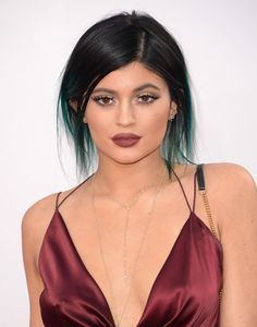 Kylie Jenner at the 2014 American Music Awards. http://beautyeditor.ca/2014/12/10/marsala-pantone