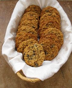 these are the oatmeal raisin cookies I grew up with.  Gooey and delicious.