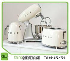Smeg small appliances in cream. Toaster, kettle and kitchen machine. Smeg small appliances in cream. Toaster, kettle and kitchen machine.