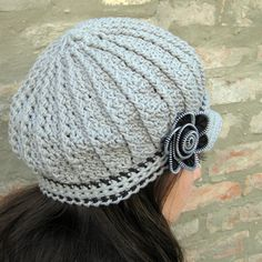 Newsboy Hat with Zipper Flower Crochet Pattern And Tutorial by Viktoria Gogolak Crochet Hat → Billed
