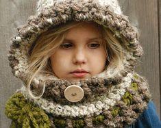 Make a cozy hooded cowl. Hat & Scarf crochet pattern - Hooded Scarf Crochet Patterns – Great Cozy Gift - A More Crafty Life Crochet Hooded Scarf, Hooded Cowl, Crochet Scarves, Crochet Hats, Velvet Acorn, Knitting Patterns, Crochet Patterns, Crochet Designs, Hood Pattern