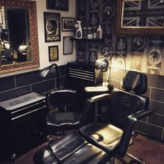 """503 Likes, 6 Comments - Aron Cowles Tattoo (@aroncowlestattoo) on Instagram: """"New @tatsoul 570 Tattoo Chair & @tatsoul 270 Tattoo Artist Chair. Only the best for our Artists at…"""""""