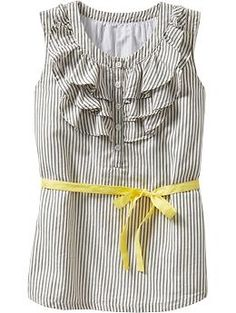 Love the gray and yellow...and the ruffles...and the shape...