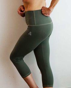 Sweat-n-Stretch capris . Custom made garments, made in Canada. Mens Yoga Shorts, Yoga Pants, Hot Yoga Wear, Yoga For Men, Yoga Tops, Women's Leggings, Street Wear, Canada, How To Wear
