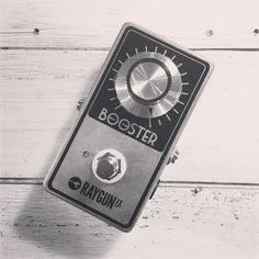 Making another fresh batch of Vintage Boosters this morning! Lots of pedals going out this afternoon!  fuzzboxes.co.uk
