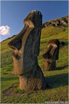 The Moai heads of Rapa Nui (Easter Island), Chile Easter Island Moai, Easter Island Statues, Easter Island Travel, Places To Travel, Places To See, Places Around The World, Around The Worlds, Formations Rocheuses, South America Travel