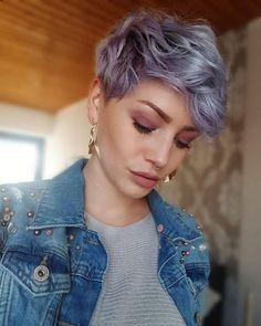 Pixie Haircut For Thick Hair, Short Hairstyles For Thick Hair, Short Pixie Haircuts, Short Hair Cuts, Bob Hairstyles, Curly Hair Styles, Pixie Cuts, Fashion Hairstyles, Hairstyles Videos