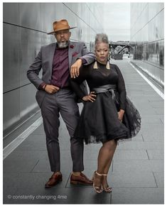 Keep Fly Company Beautiful Old Woman, Black Is Beautiful, Beautiful People, Grey Hair Don't Care, Gray Hair, Black Couples, Hot Couples, Men With Grey Hair, Advanced Style